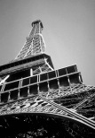 Eiffel-Tower_BW
